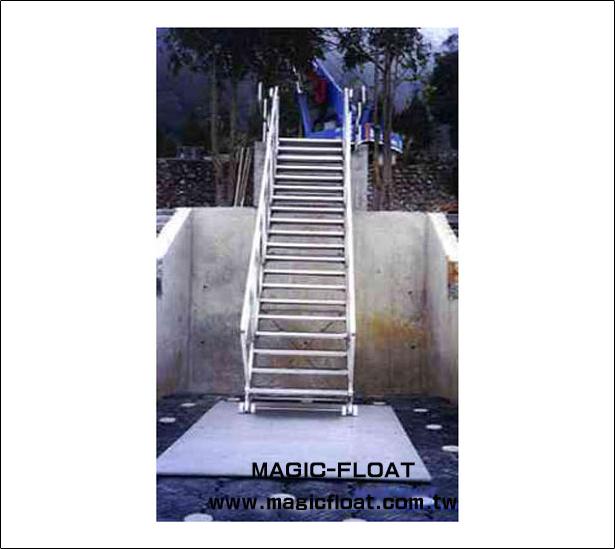 SS-11 Stairstep Bridge階梯棧橋/6mX1.2m